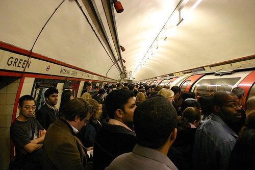 crowded-tube-station-image02