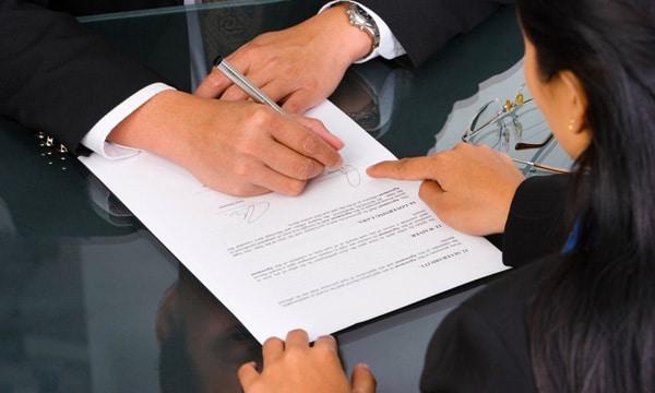 Contratos no Reino Unido | Dicas de Finanças