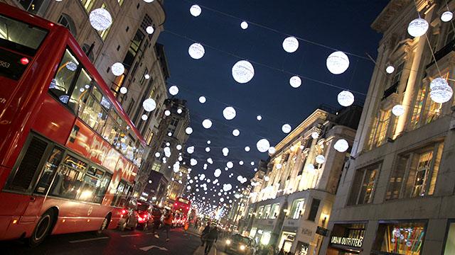 Luzes e decorações de Natal em Londres