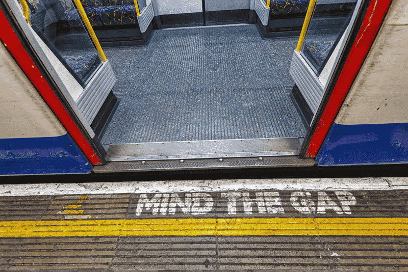 10 avisos inesquecíveis do metrô de Londres