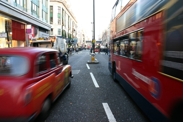 Como tirar carteira de motorista no Reino Unido?