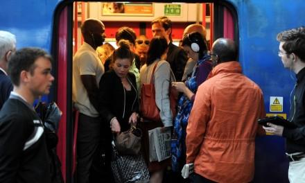 Pontualidade dos trens britânicos é a pior em dez anos