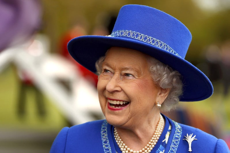Conheça a história da rainha Elizabeth II, a soberana mais longeva da Inglaterra
