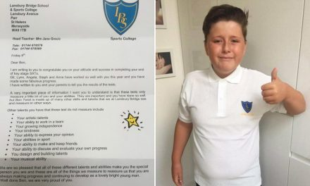 Aluno autista recebe carta de suas professoras