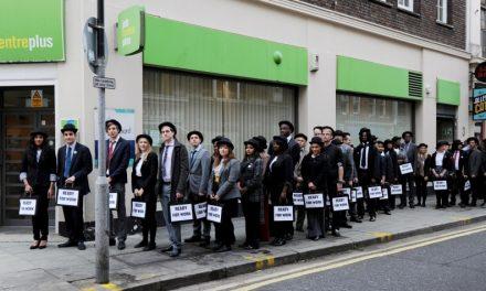 Taxa de desemprego no Reino Unido permanece estável