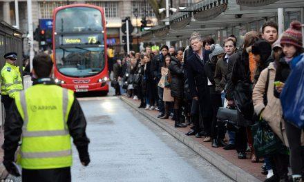 Motoristas de ônibus de Londres planejam greve para a próxima semana