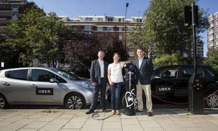 Uber anuncia uso de carros elétricos em Londres