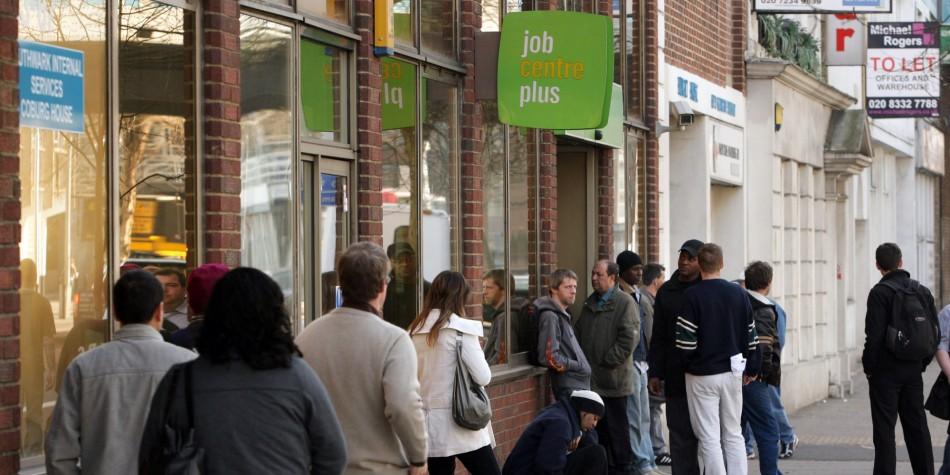 Desemprego no Reino Unido mantém porcentagem no último trimestre