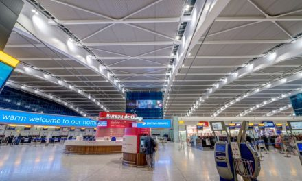 Aeroportos de Londres: Heathrow ganha 'sinal verde' para terceira pista