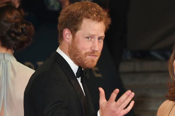 Namoro do príncipe Harry com a atriz americana Meghan Markle está dando o que falar