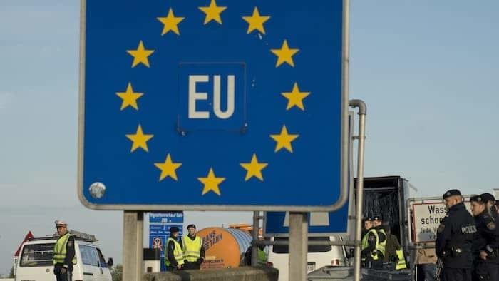 União Europeia cobrará taxa de 5 euros de cidadãos estrangeiros