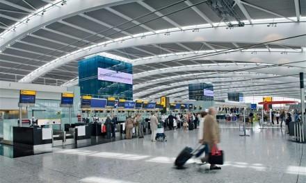 Funcionários de 18 aeroportos britânicos farão greve na véspera do Natal