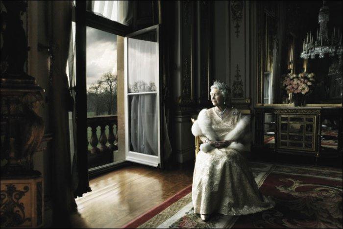 O que a rainha achou de The Crown?