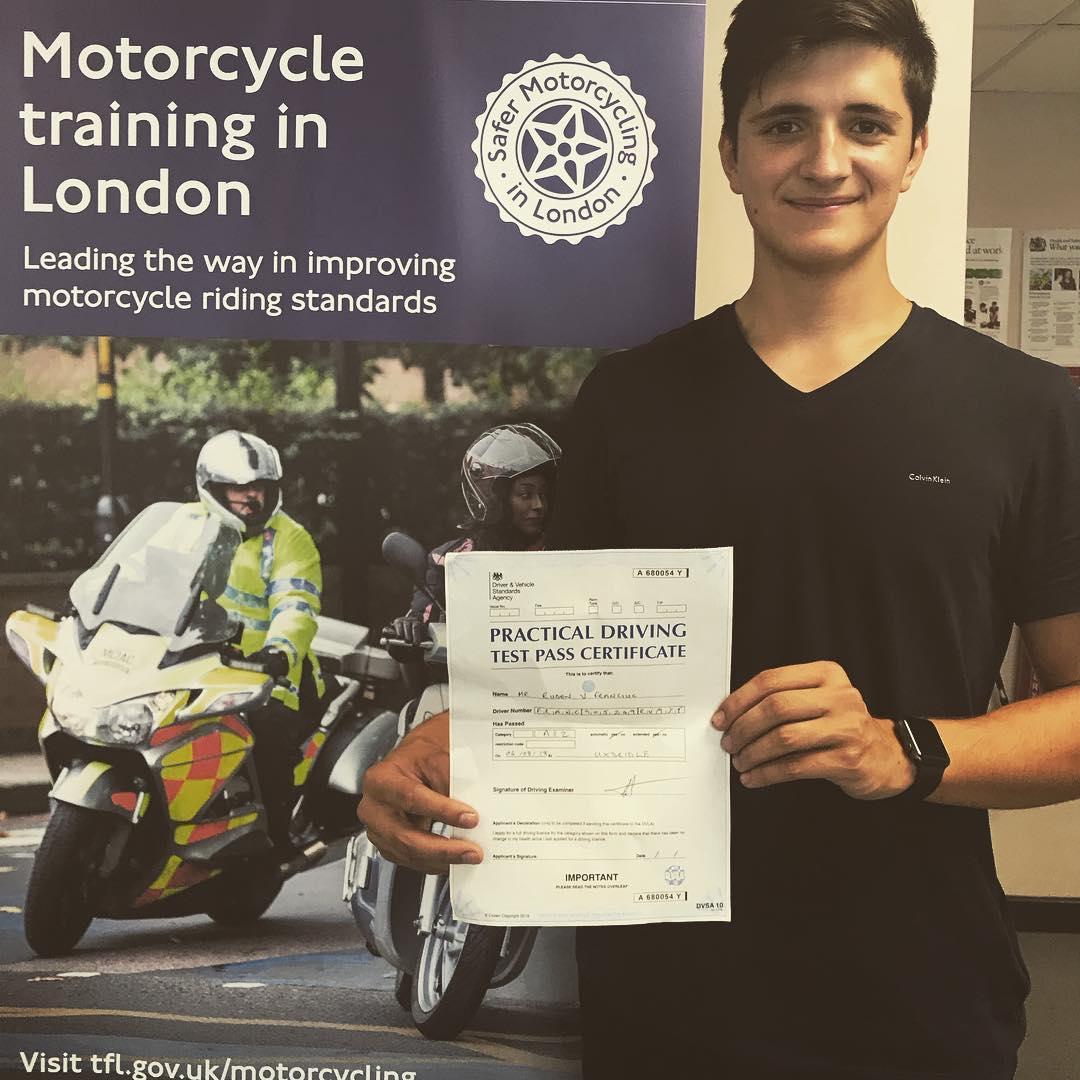 Tirar Carteira de Moto em Londres